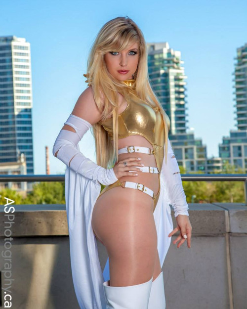cosplay-butterfly-canada-as-phoenix-five-emma-frost