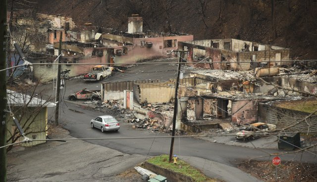 gatlinburg-wildfire-damage-d144c72e853ff024