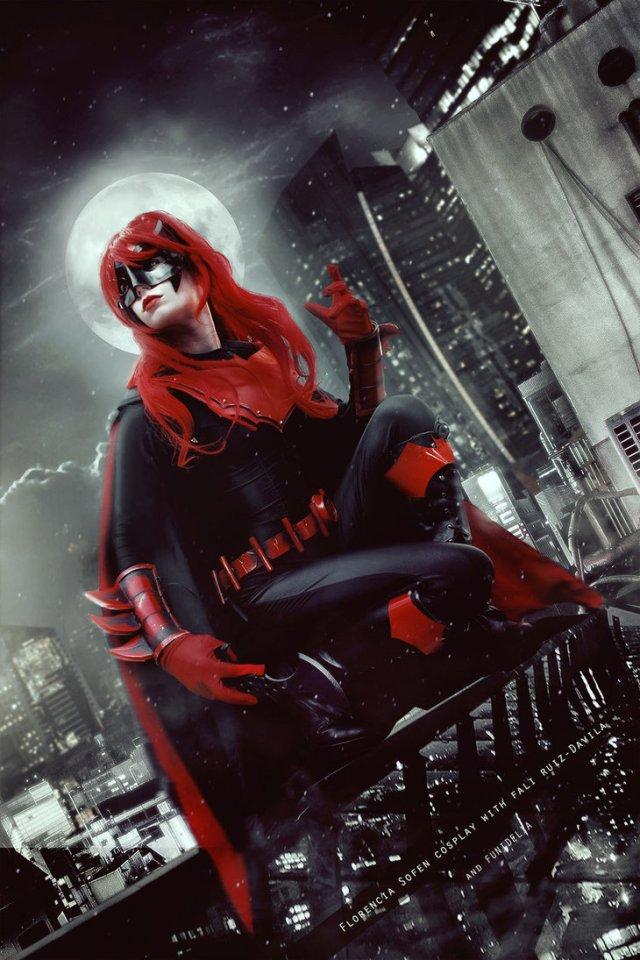 batwoman___dc_comics_by_fioresofen-datb4ht