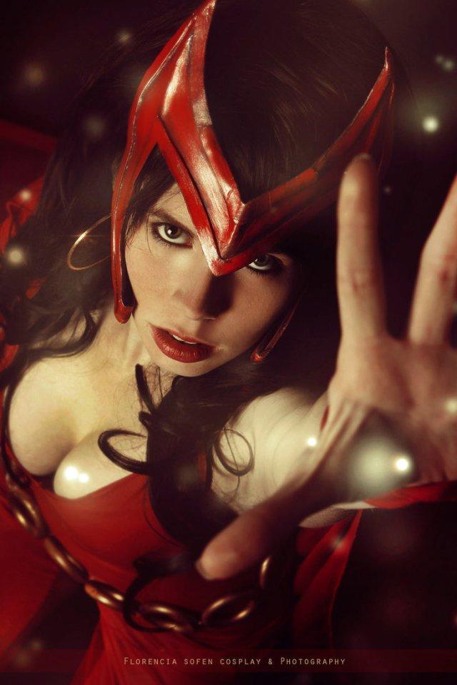 scarlet_witch___avengers___marvel_comics_by_whitelemon-d9ppqya