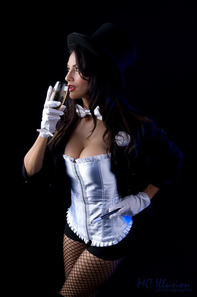 ivy_zatanna_new_year_7366a1_by_ivy95-d70atvq