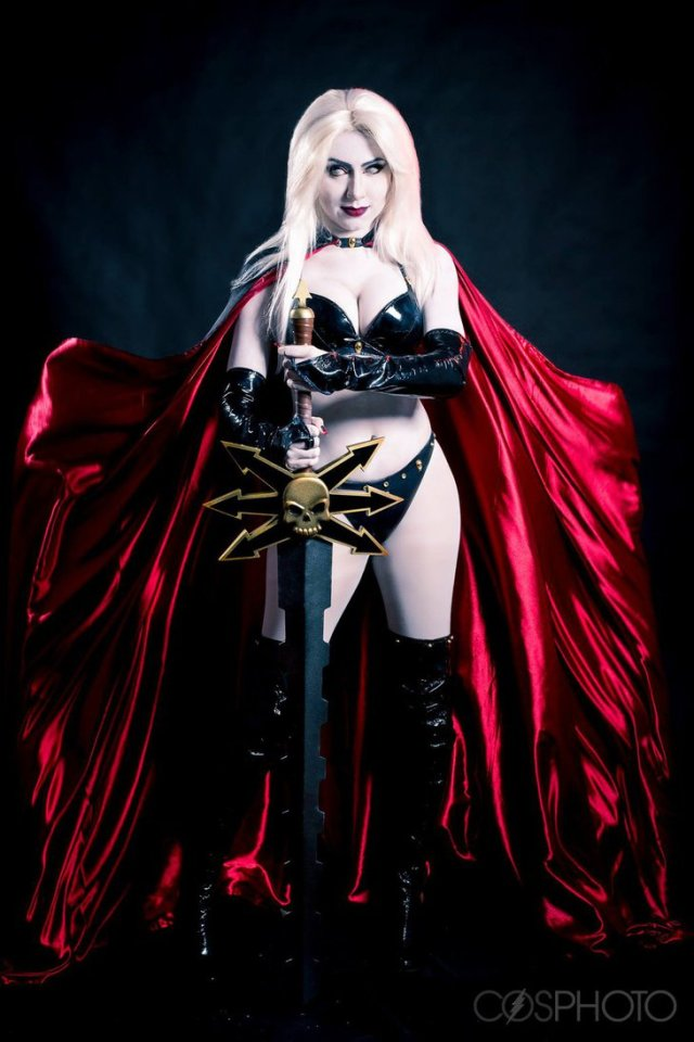 lady_death_cosplay_by_nayigocosplay-da6nad2