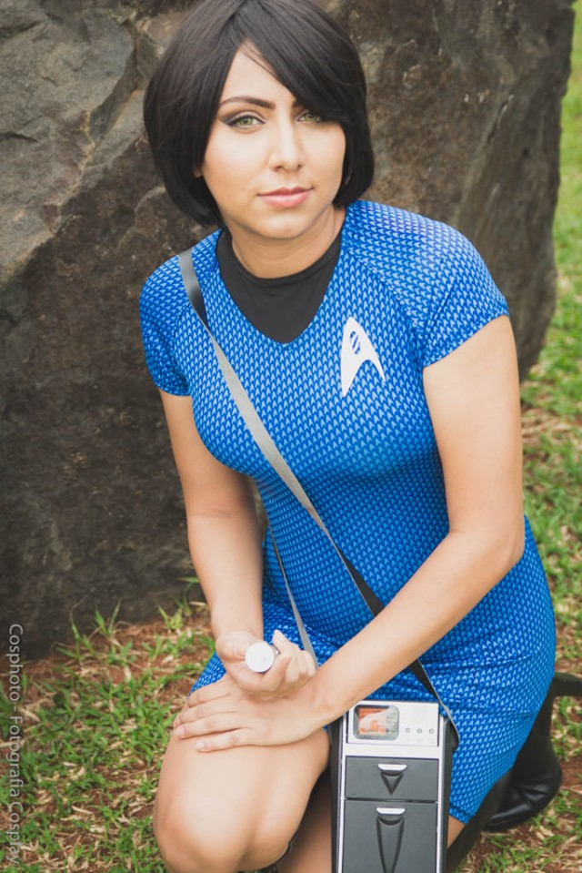 star_trek_cosplay_by_nayigocosplay-da6i2f2