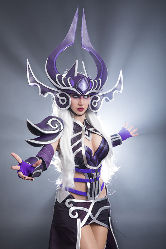 syndra_cosplay_from_league_of_legends_by_morganacosplay-db1mbap