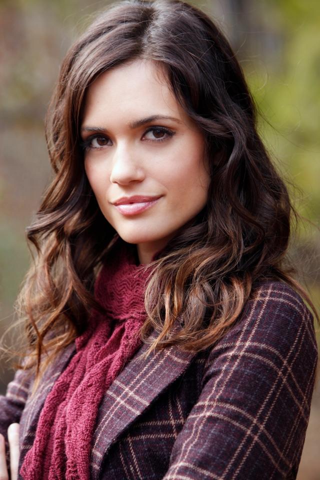 Torrey-DeVitto-Meredith-Vampire-Diaries.jpg