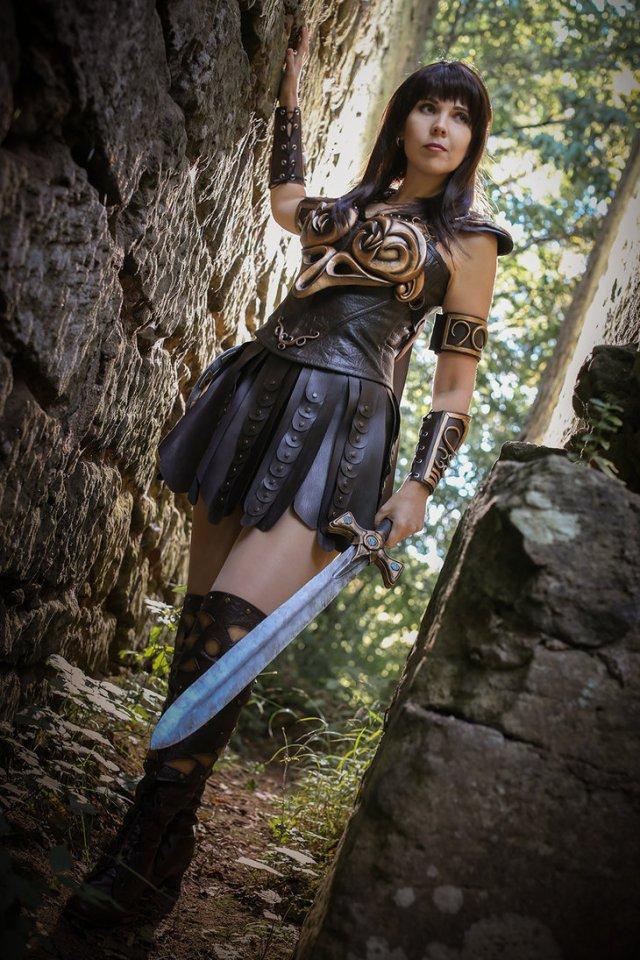 warrior_princes_xena___i_m_ready__by_kamuicosplay-d7td823