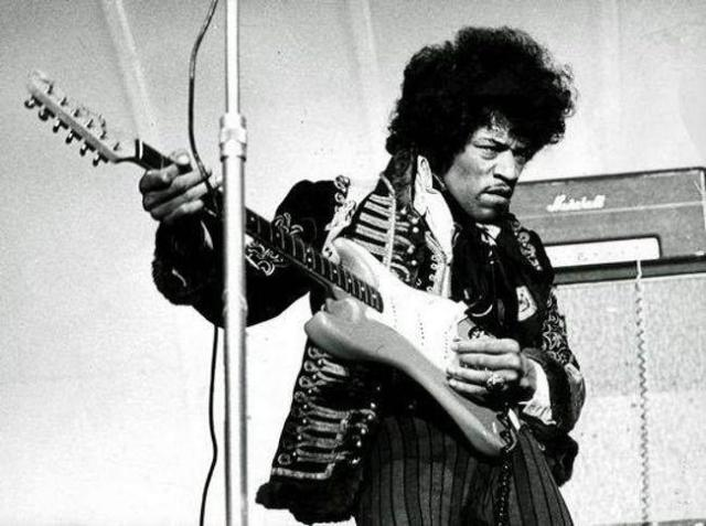 jimi-hendrix-photo-u43