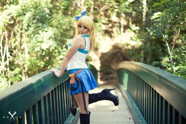 lucy_heartfilia_cosplay_by_neradina-db2gynz