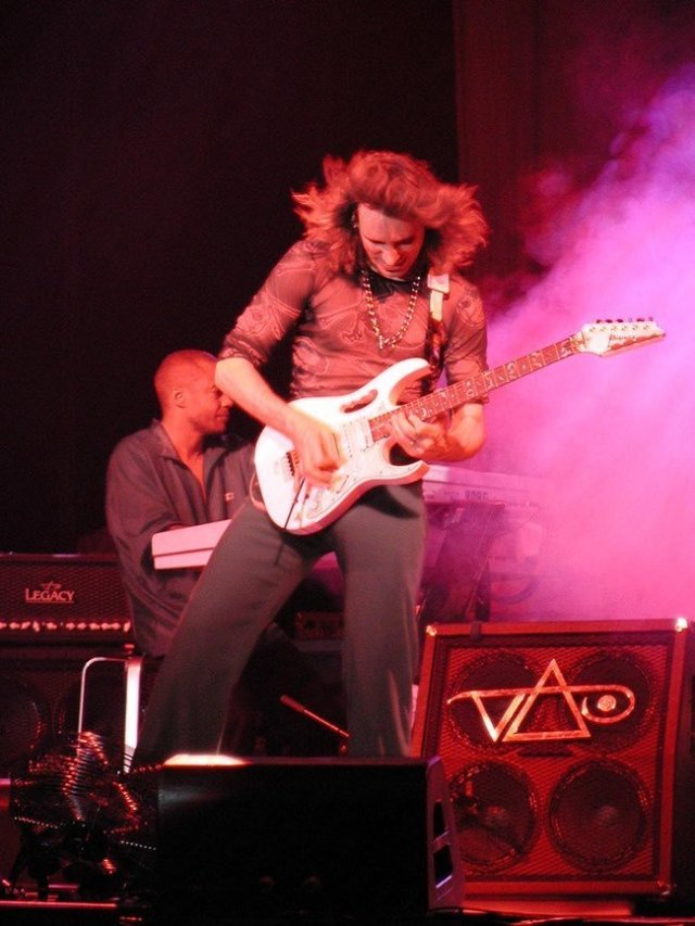 steve-vai-writers-photo-1