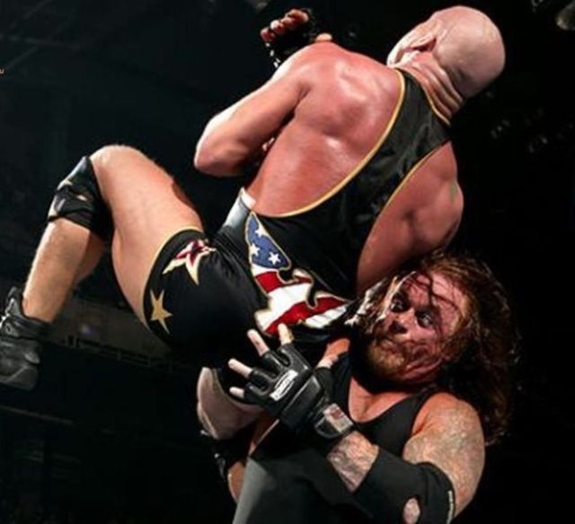 undertaker-vs-kurt-angle-photo-u1